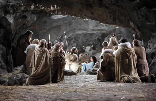 المجدُ لكَ ايها المسيحُ ….أبنُ الله
