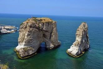 بيروت عروسة البحر