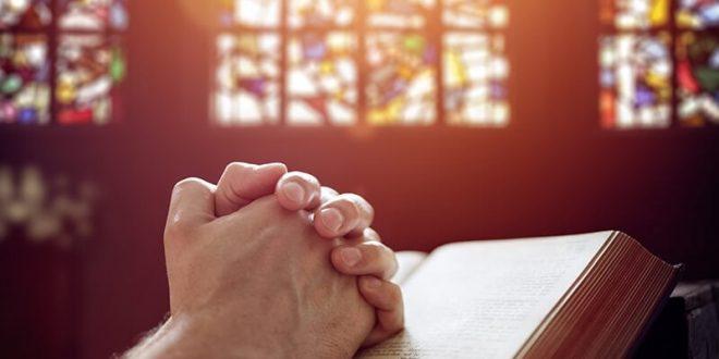 قداس في كنيسة هوخفين